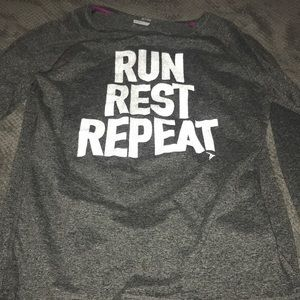 Long sleeve greet workout shirt